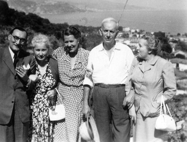 Bronė Klimienė (pirma iš dešinės) su Jurgiu ir Inge Savickiais bei Stasiu ir Vincenta Lozoraičiais.