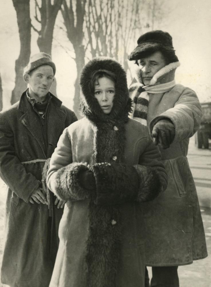 """V. Žalakevičius """"Nepažįstamo žmogaus pasakojimas"""" filmavimo metu. Apie 1980 m."""
