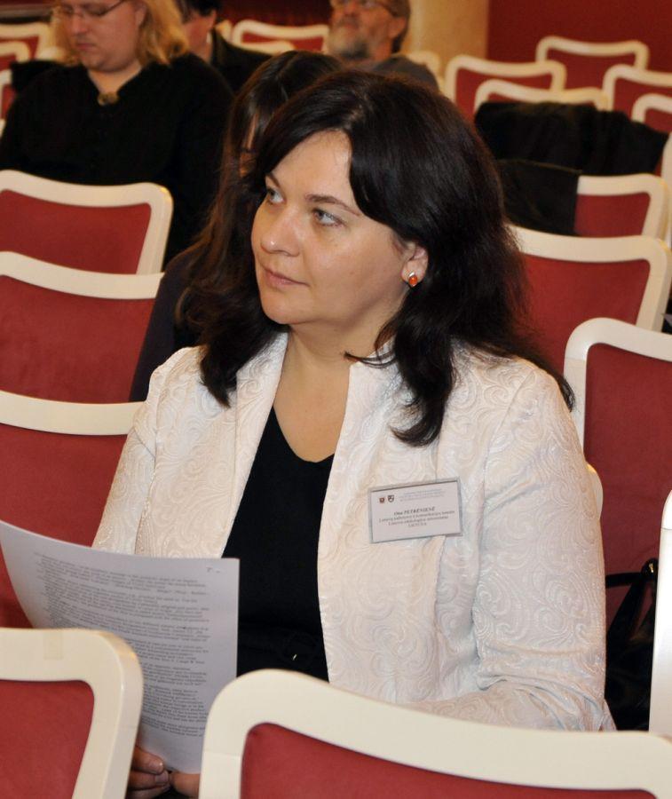 Prodekanė doc. dr. Ona Petrėnienė.