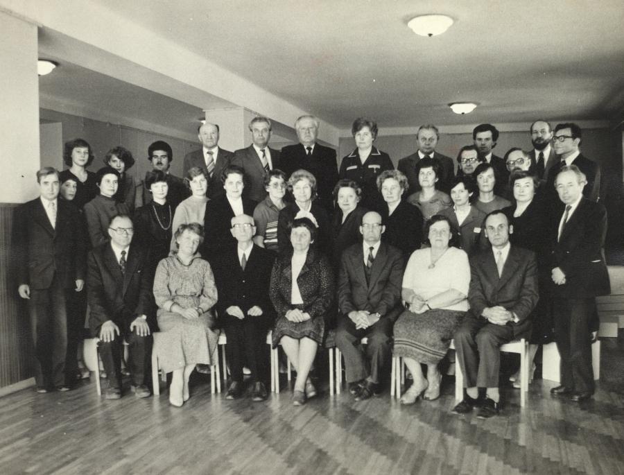 Lietuvių kalbos ir literatūros fakulteto dėstytojų ir darbuotojų kolektyvas. 1983 m.