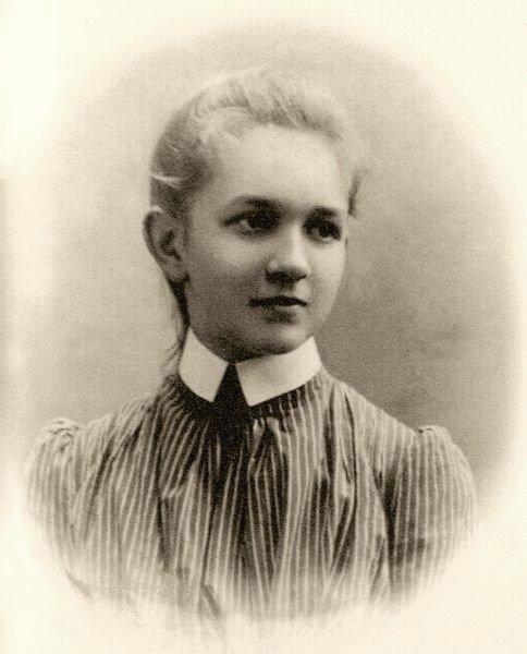 sofija vaikysteje  apie 1897-1899a.jpg