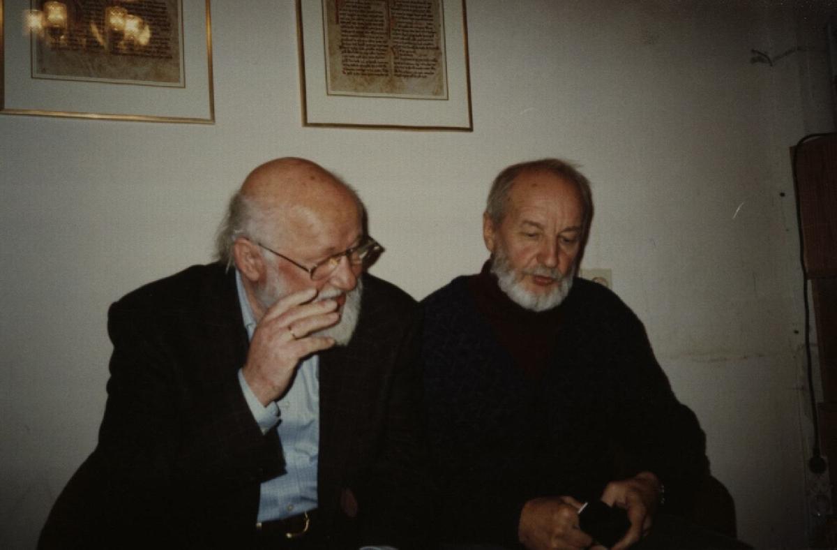 Su latvių poetu Knutu Skujenieku