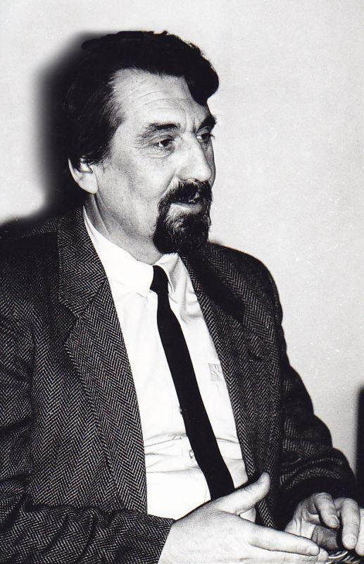 B. Radzevičiaus atminimo vakaras Maironio lietuvių literatūros muziejuje. 1990 m.