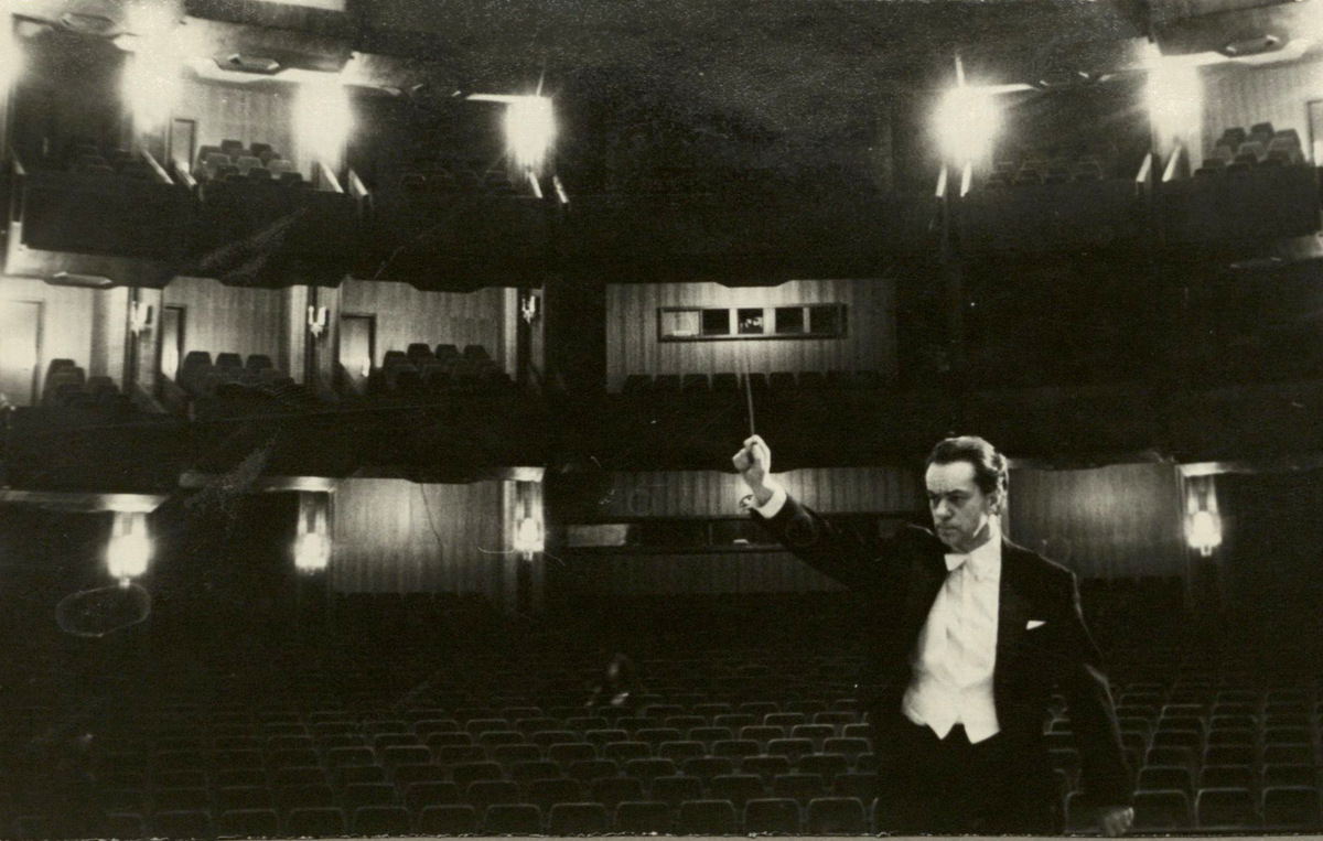 Naujajame Lietuvos operos ir baleto teatre Vilniuje. 1974 m.