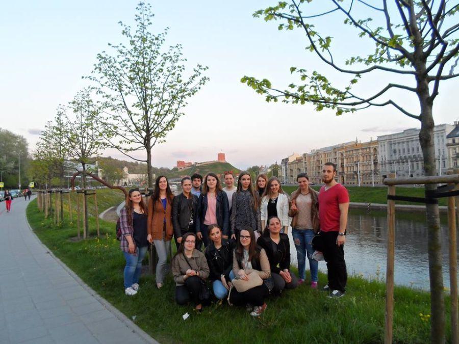 Tarptautinės studentų lituanistų stovyklos dalyviai Vilniuje.
