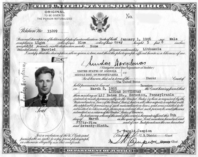 Liudo Dovydėno JAV pilietybės dokumentas, 1955 m.