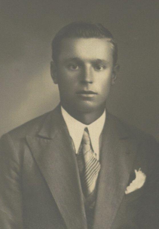 Broniaus Tėvas Juozas Radzevičius. Apie 1936 m.