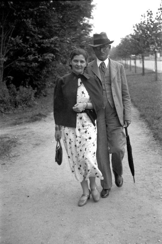 Dr. K. Grinius su žmona Kristina Latvijoje. Kemeri, 1936 m.<br />