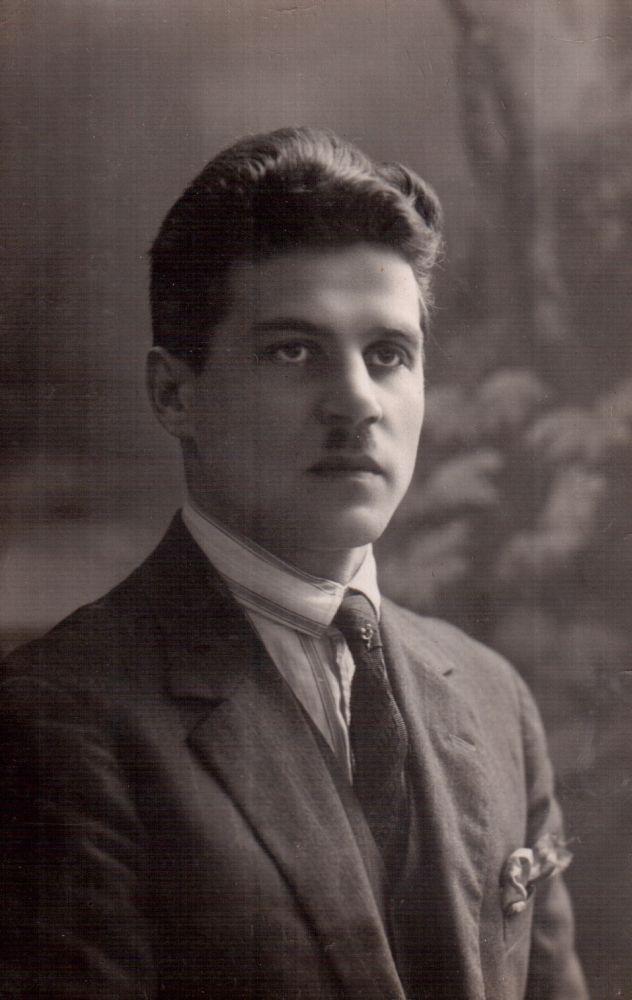 Antrasis Stasės Žalakevičienės vyras – inžinierius Feliksas Šalkauskas.