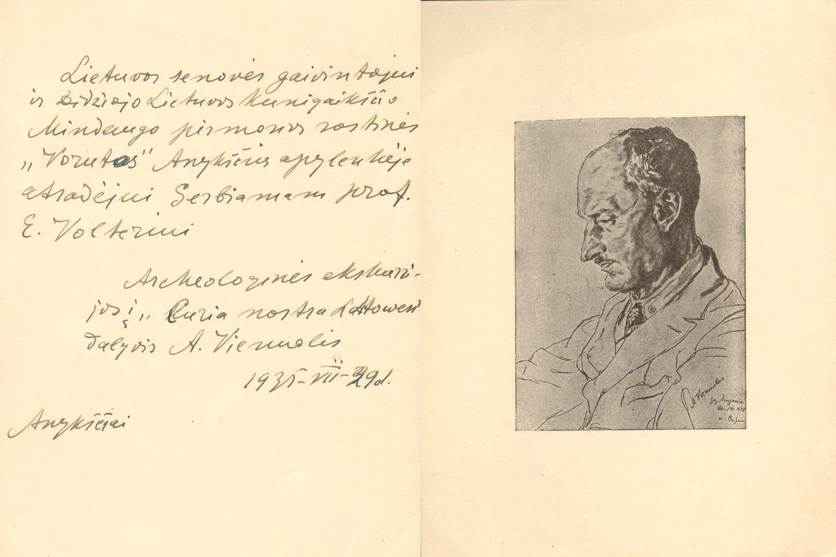 Vienuolis-dedikacija Volteriui.jpg