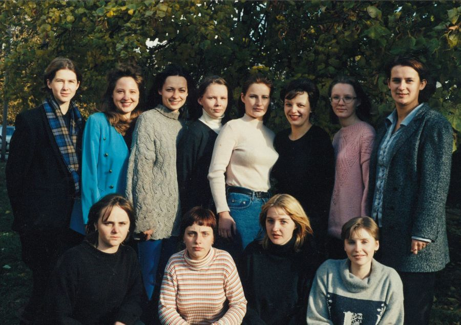 Lituanistikos fakulteto IV kurso I grupės studentai. 1998 m.