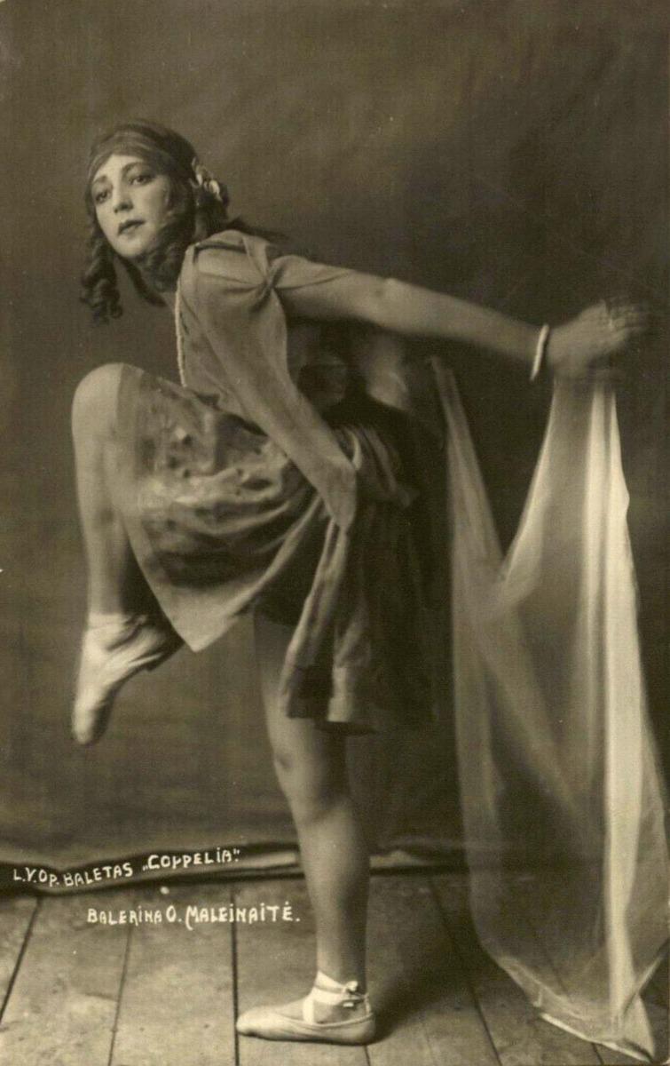 Olga Malėjinaitė - Svanilda 1925 m.