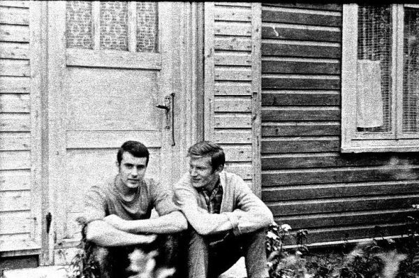 Su kurso draugu studijų Vilniaus universitete laikotarpiu. 1964 m., Vilnius.