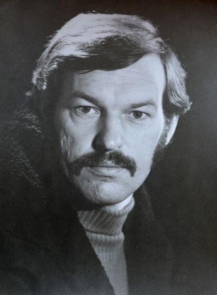 Aktorius R. Adomaitis.