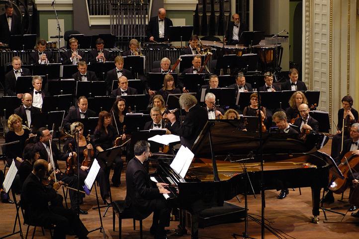 P. Geniušas, J. Domarkas. Lietuvos Nacionalinis Simfoninis Orkestras