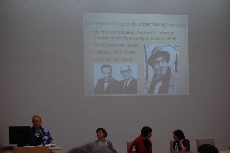 """Tarptautinės konferencijos """"Laiškas literatūroje ir kultūroje"""" atidarymo metu. 2014 m."""