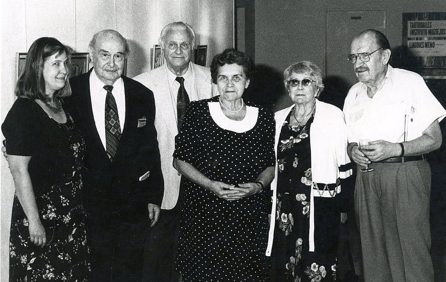 LRD nariai. Iš k.: Daiva Karužaitė, Paulius Jurkus, Stasys Džiugas, Stasė Petersonienė, Julija Švabaitė-Gylienė ir Algirdas Titus Antanaitis.