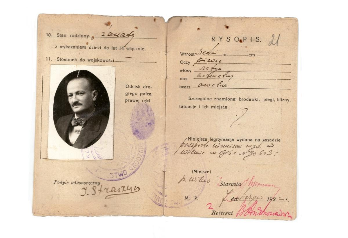 Izaoko Strašuno pasas, išduotas 1922 m.<br /> Lietuvos centrinis valstybės archyvas.