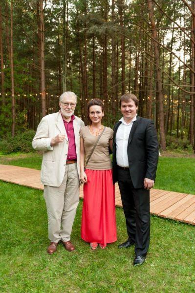 """Su klasikinės muzikos artistais A. Murina ir D. Murinu festivalio """"Atvira jūra: po Palangos dangumi"""" metu. 2014 m."""