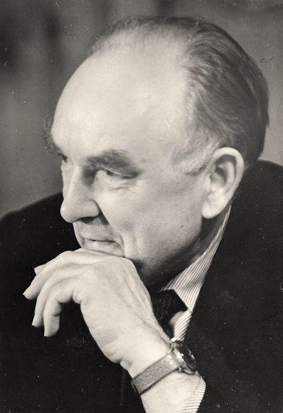 Algirdas Petrulis. 1986