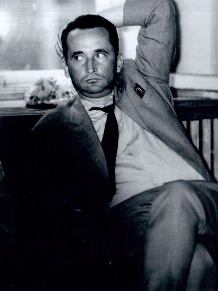 """V. Žalakevičius po filmo """"Niekas nenorėjo mirti"""". Apie 1965 m., Palanga."""
