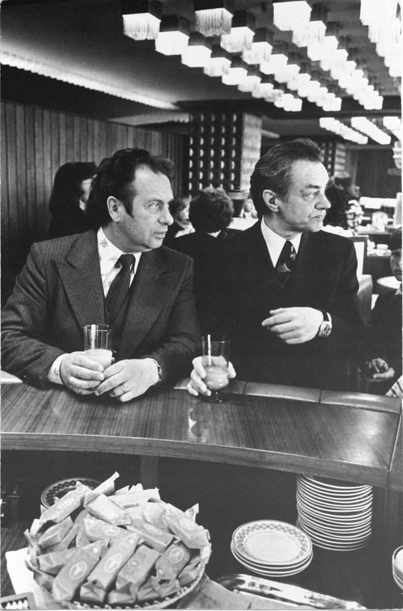 Dirigentai R. Geniušas ir V. Viržonis .