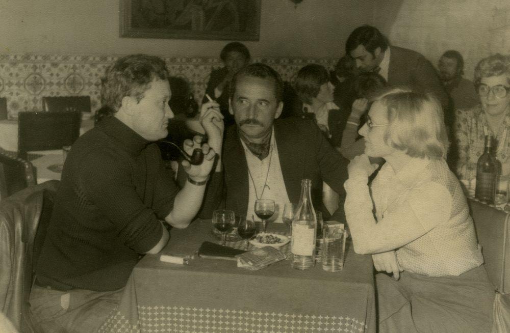 V. Žalakevičius su žurnalistu, rašytoju A. Čekuoliu ir daktare B. Adomonyte. 1978 m., Lisabona.