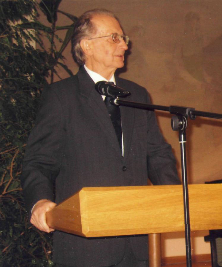 Stasys Skrodenis. Jono Basanavičiaus premijos įteikimo metu. 2008 m.