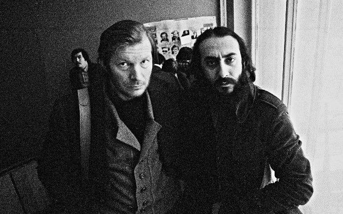 Su bendrakursiu Š. Babajanu, vėliau tapusiu garsiu režisieriumi, studijų Maskvos aukštuosiuose kino režisūros kursuose laikotarpiu. 1977 m., Maskva.