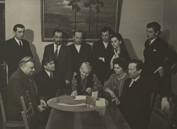 Su Akademinio dramos teatro Meno taryba. 1972 m.