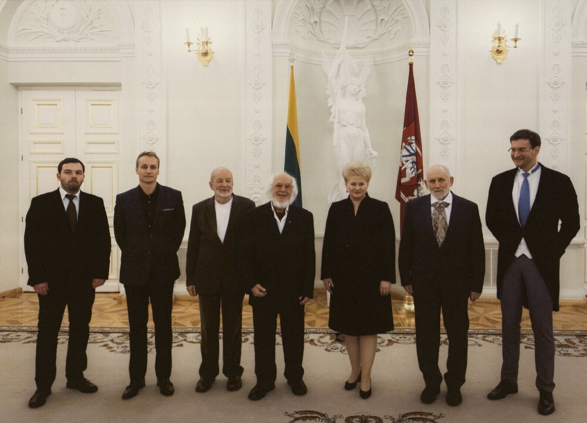 Lietuvos nacionalinių kultūros ir meno premijų įteikimo ceremonija Lietuvos Respublikos Prezidento rūmuose. Vilnius, 2013 m.