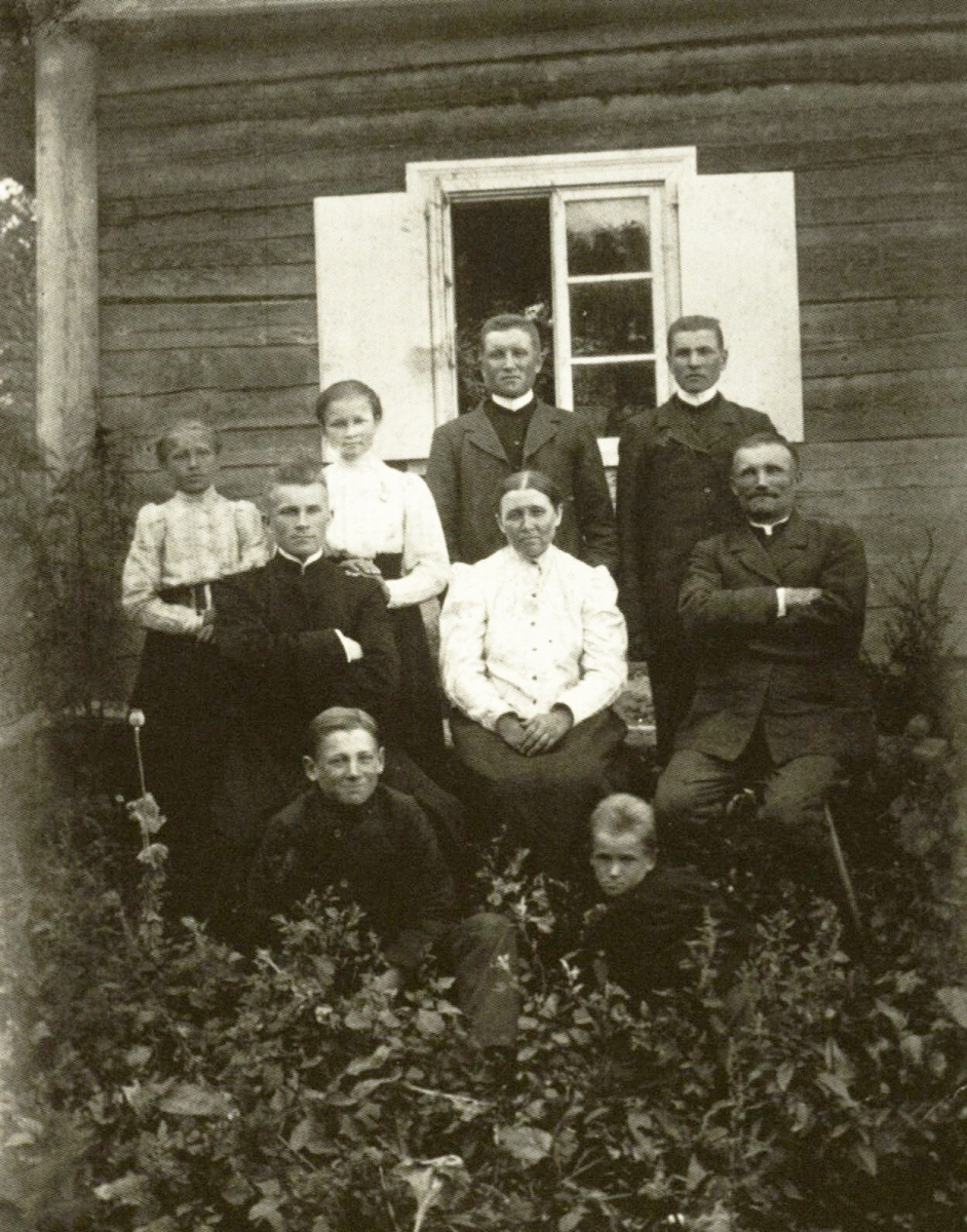 Senelių Rozalijos ir Vaclovo Ignatavičių šeima