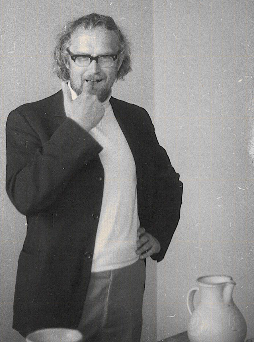 11_1976.jpg