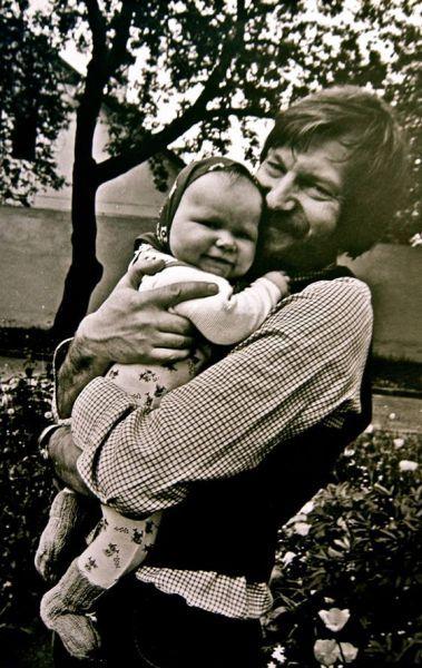 Su dukra Justina. Apie 1979 m., Vilnius.