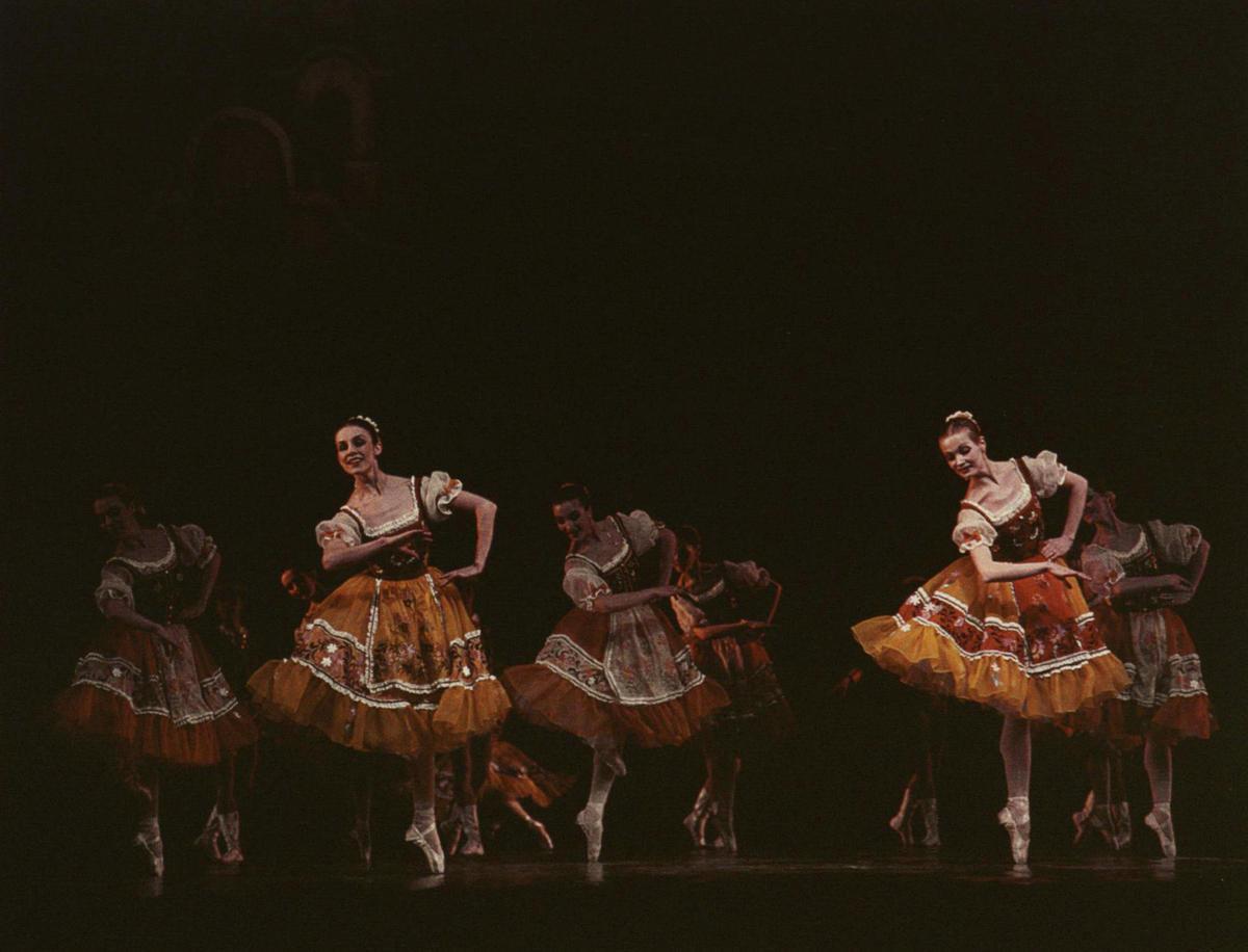 Scena iš spektaklio 1983 m.