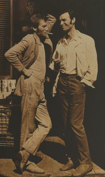"""Su aktoriumi J. Budraičiu """"Tas saldus žodis – laisvė!"""" filmavimo Jaltoje metu. 1973 m."""
