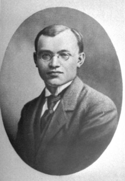 Valstybės Tarybos 1918–1920 m. narys ir Užsienio reikalų viceministras Petras Klimas.