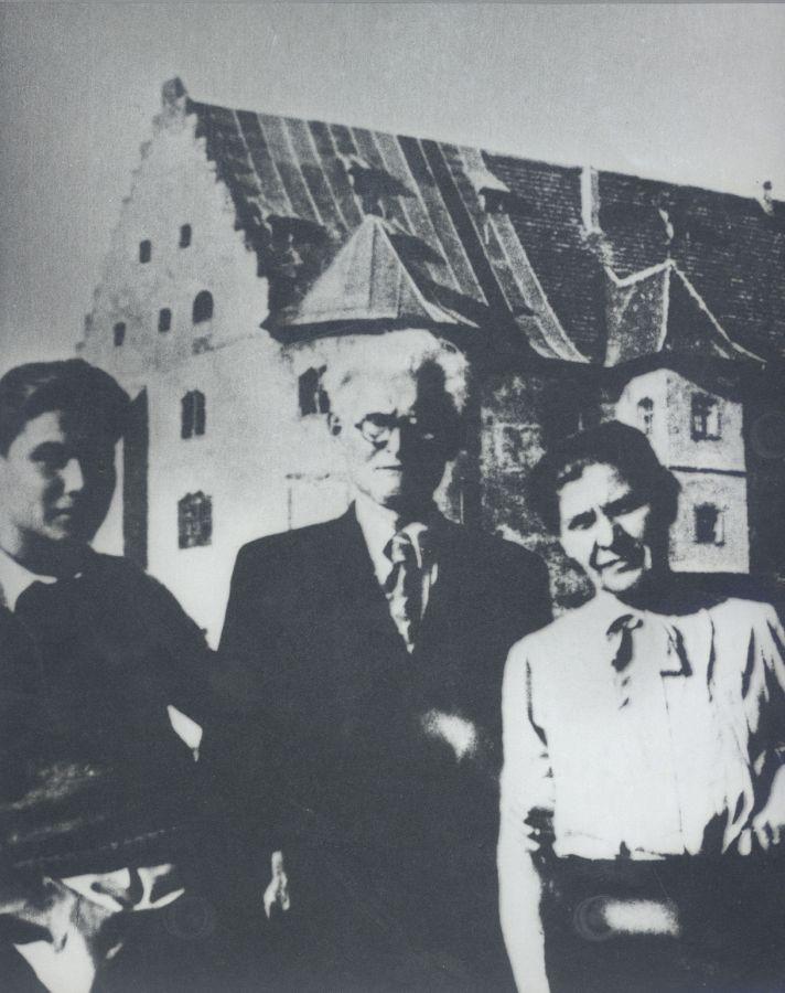 Liūtas, Kazys ir Kristina Griniai Vokietijoje. 1946 m.