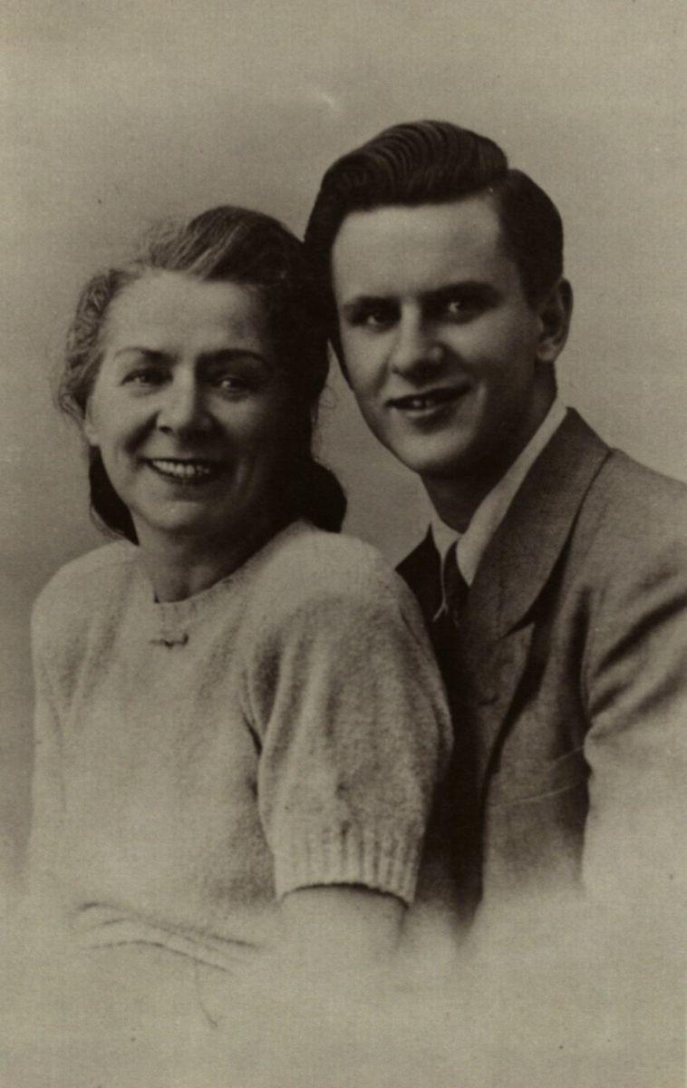 Grasilda Šliūpienė su sūnumi Vytautu Šliūpu. Apie 1950 m.