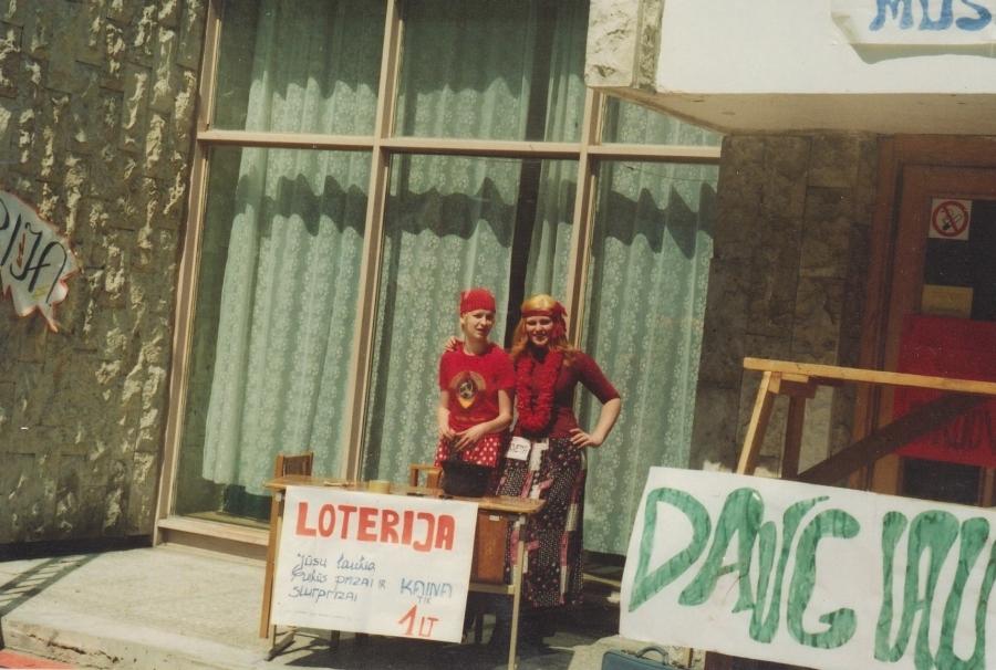 """Loterija """"Tik 1 lt"""". Lituanistų dienos. 2002 m."""