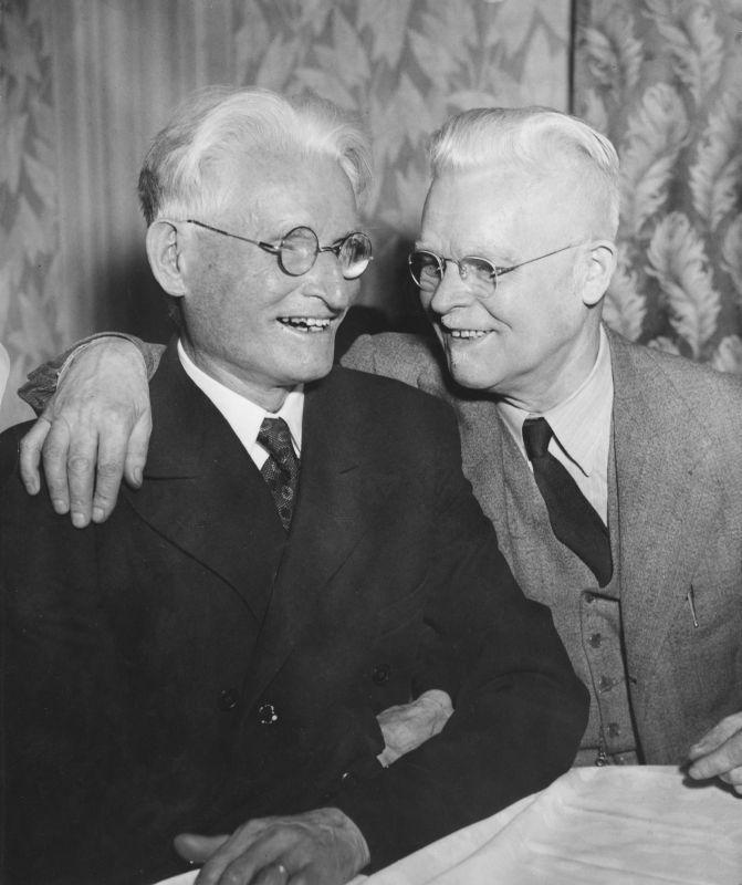 Dr. K. Grinius su broliu Jonu Griniumi. Filadelfija, 1947 m.<br />