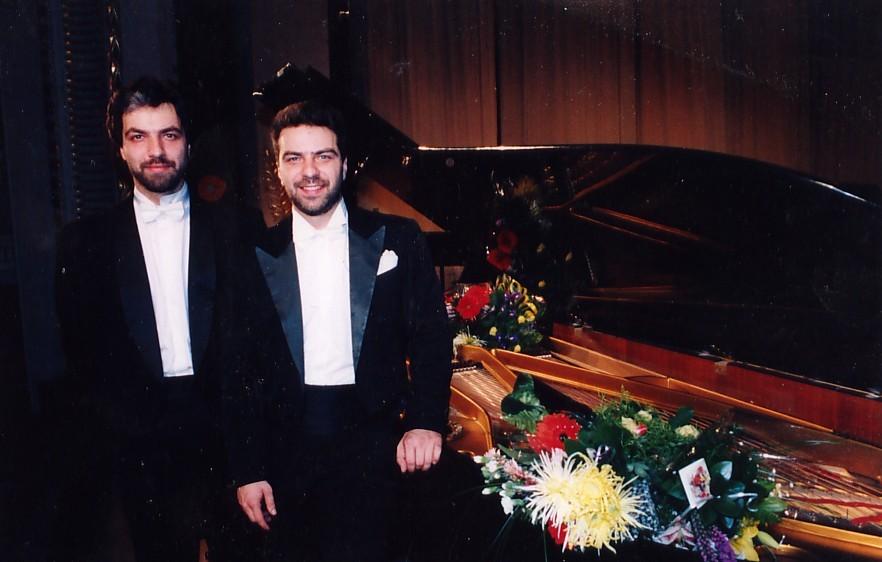 Julius ir Petras Geniušai. Kauno Muzikinis teatras 1996 m.