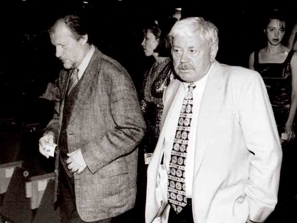 "Su aktoriumi D. Banioniu Rygos kino festivalio ""Baltijos perlas"" metu. 1996 m."