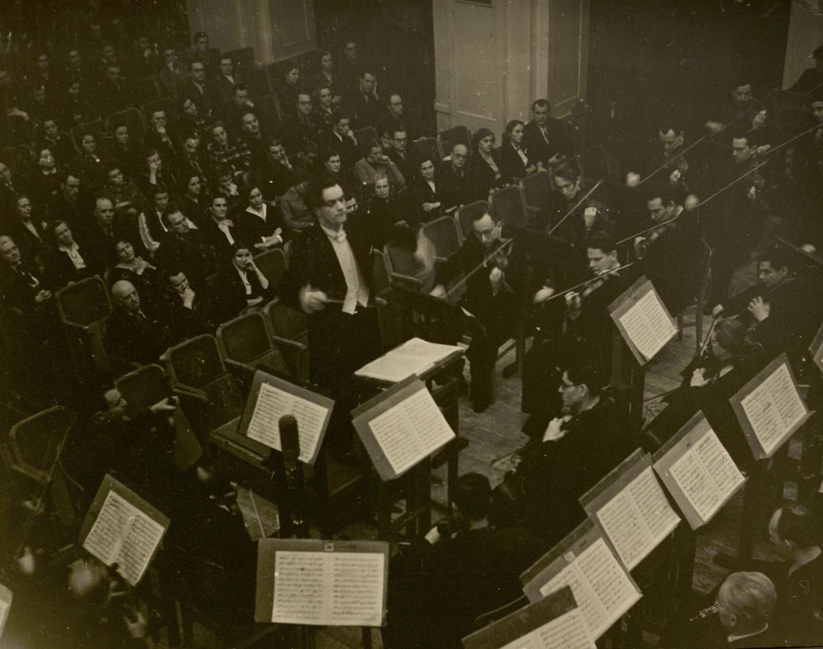 """Pirmasis M. K. Čiurlionio simfoninės poemos """"Jūra"""" atlikimas. 1956 m. sausio mėn."""