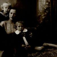 Jakucauskiene su vaikais (4).jpg