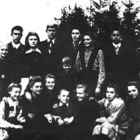 2_1951.jpg