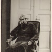 Volteriene_1933.jpg