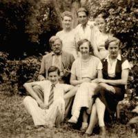 romeriu seima tytuvenu parke apie 1937-1938a.jpg